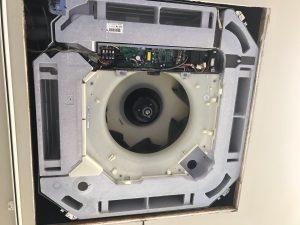 DAIKIN ダイキンFHCP50CB 天井埋め込み式エアコン 取り外し