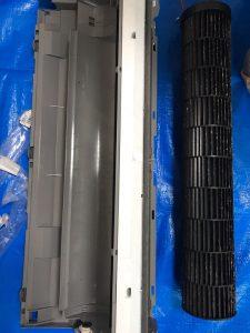 F28UTES-W 取り外したドレンパンとクロスフローファン