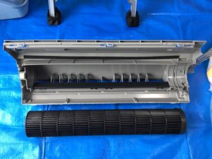 F28UTES-W 洗いあがったファンとドレンパン
