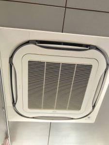 DAIKIN ダイキンFHCP50CB 天井埋め込み式エアコン クリーニング後